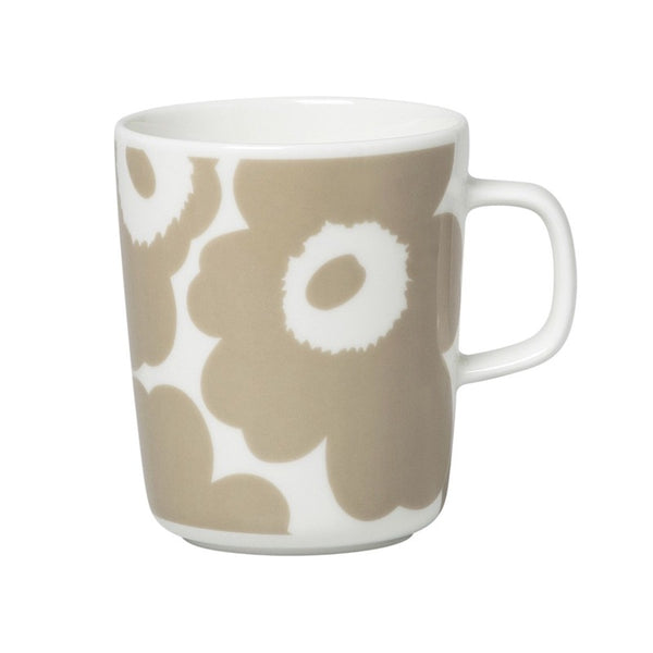Marimekko Oiva Unikko Mug 2.5dl in beige and white