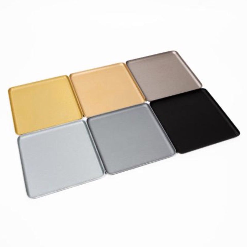 Square aluminium dishes and trays by Kaymet