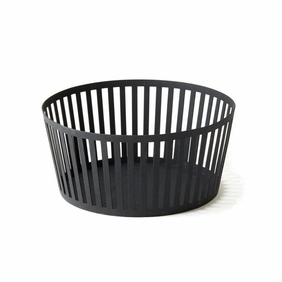 Round black wire fruit basket or bowl