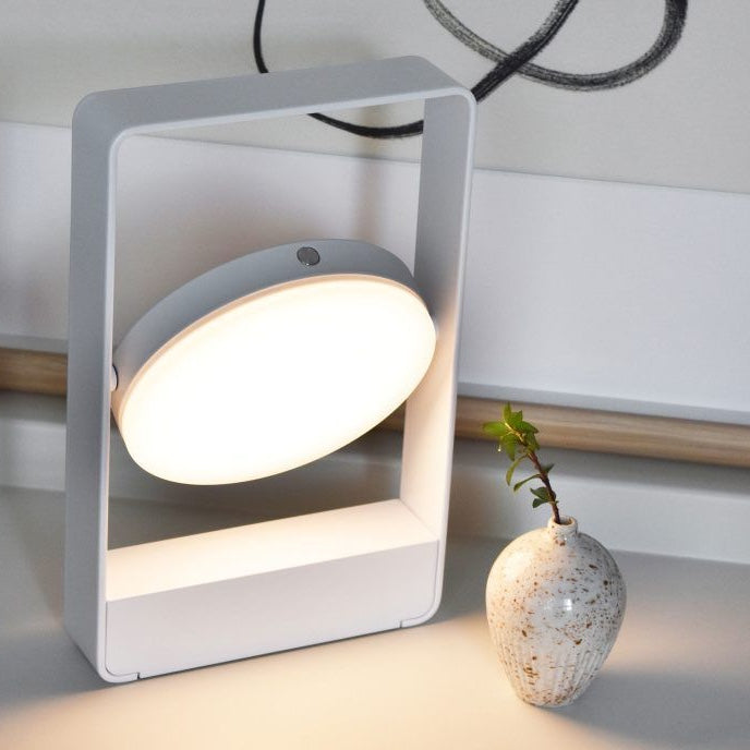 Mouro Lamp in white by Case Furniture