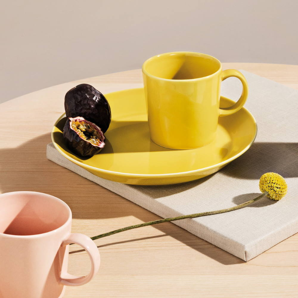 iittala Teema porcelain ware in honey yellow