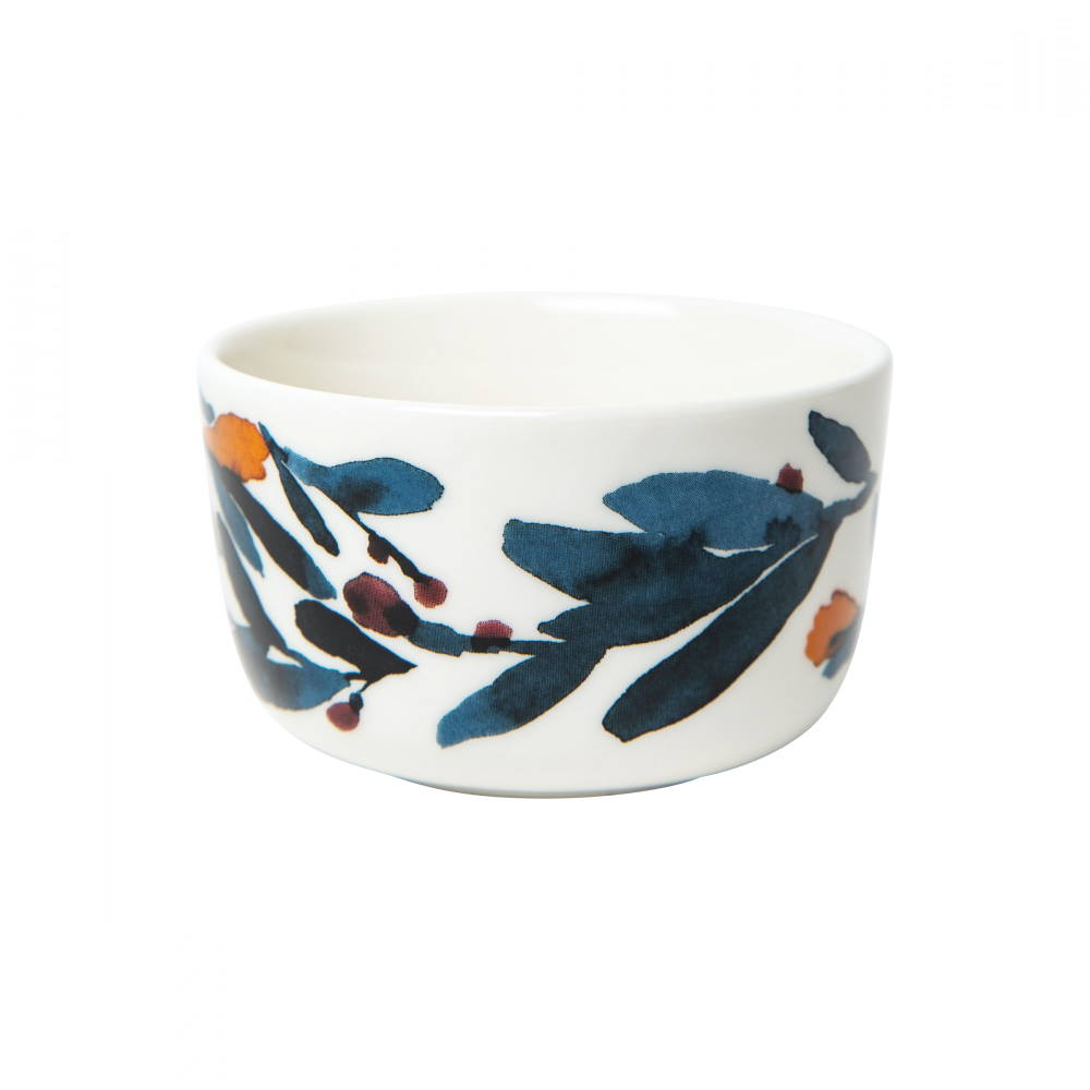 small stoneware bowl decorated with the Marimekko Hyhma pattern