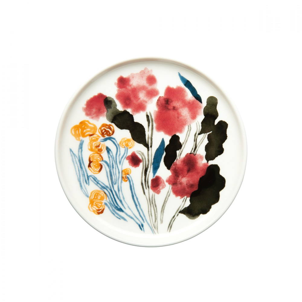 small stoneware plate decorated with the Marimekko Hyhma pattern