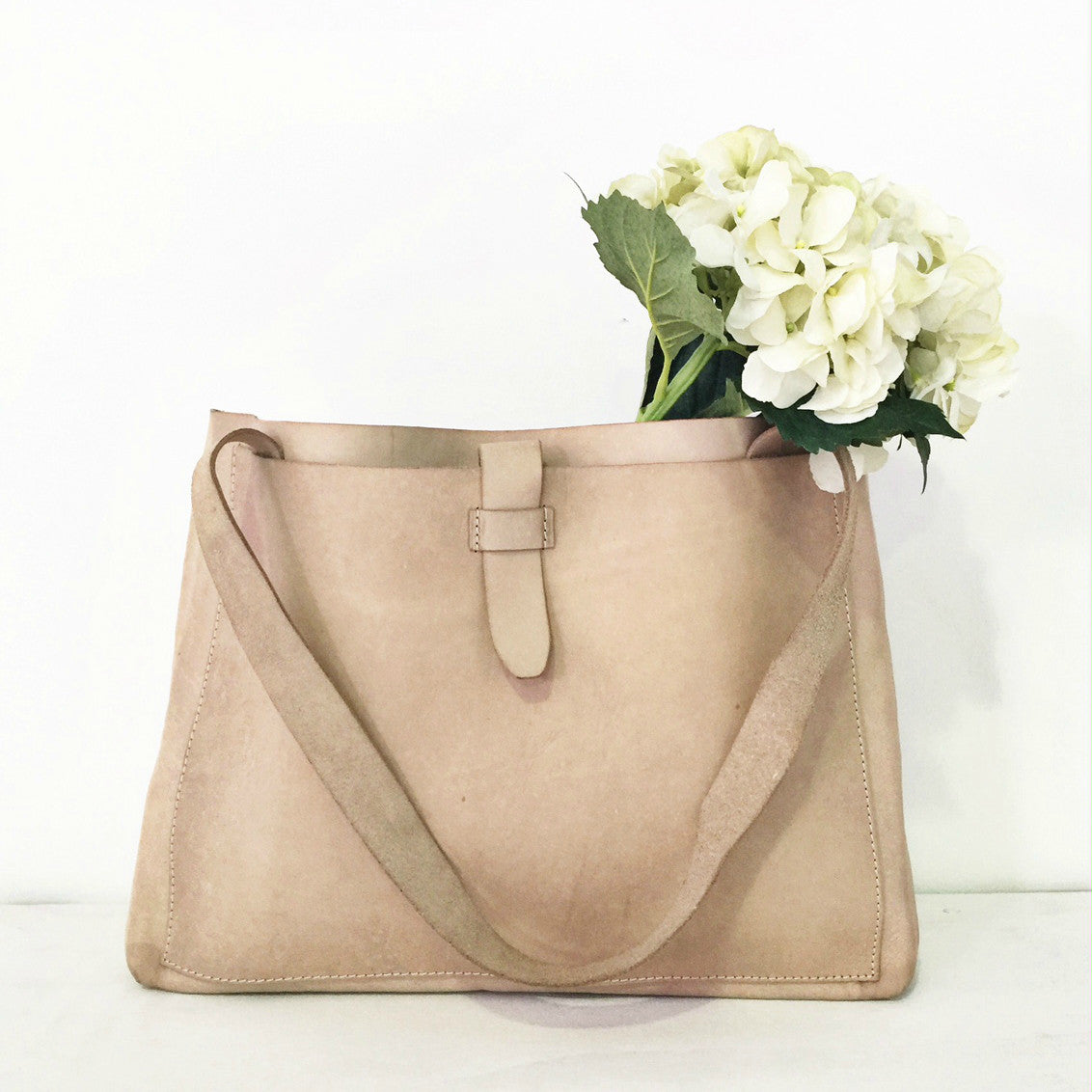 Natural Luxe Leather Tote Handbag