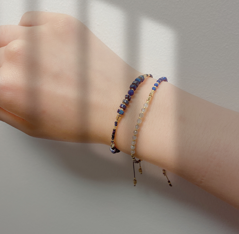 """Power of Gemstone"" Sapphire Japanese Seed Bead String Bracelet epic 