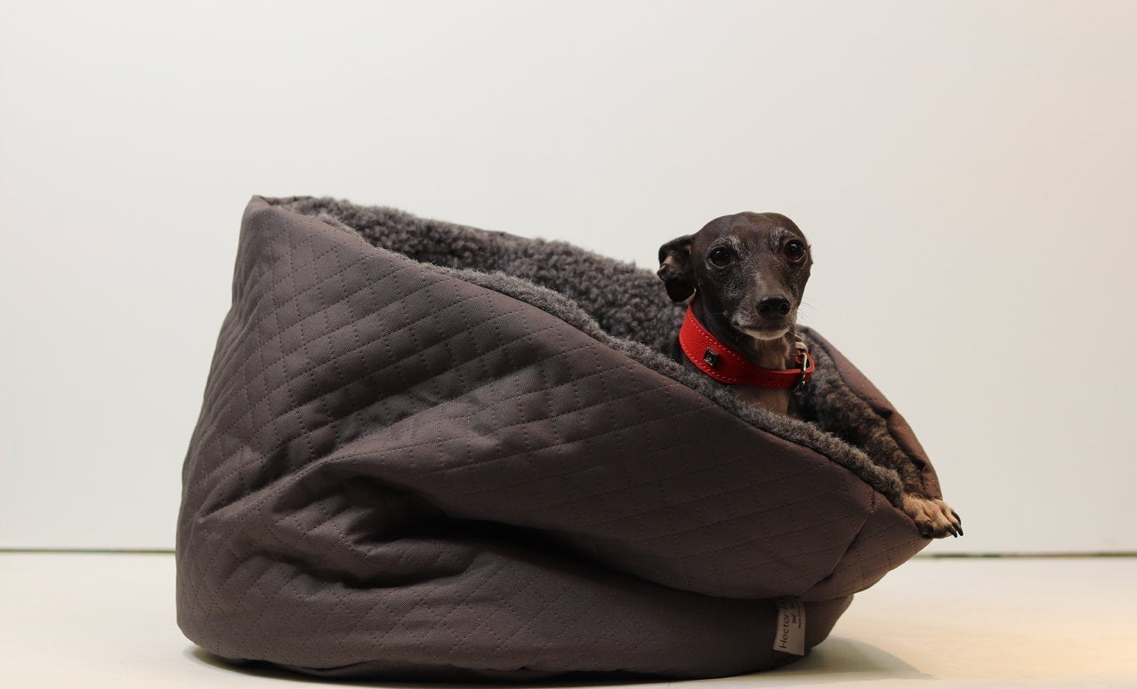hector-hartley-faux-fur-pocket-dog-bed-leopard
