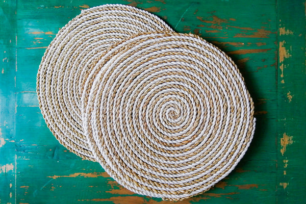 Seagrass and recycled plastic circular placemat