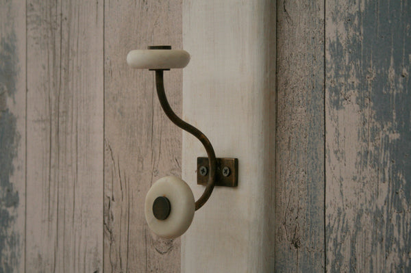 Naak Marble hook white