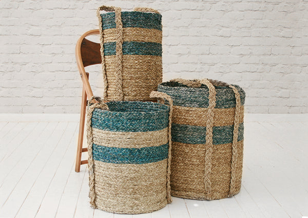 Handmade seagrass & recycled plastic laundry basket / Turquoise & natural