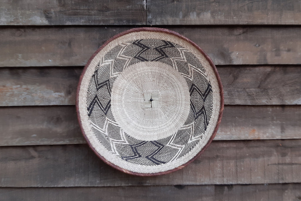 HAND MADE TONGA BASKET BY BATONGA PEOPLE OF ZIMBABWE