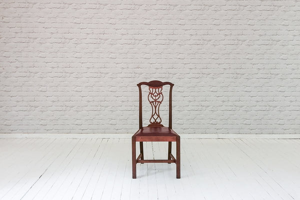 A SINGLE VICTORIAN MAHOGANY DINING CHAIR