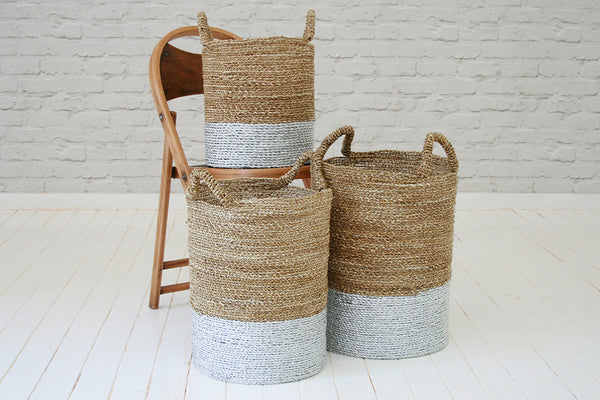 Handmade seagrass & recycled plastic laundry basket / Silver & natural