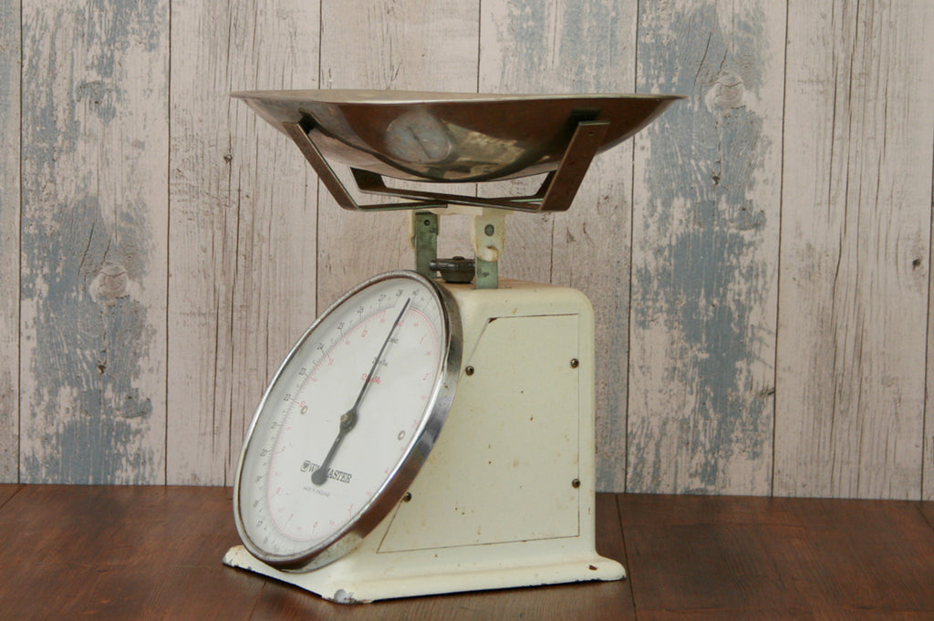 A set of 12.5kg Waymster vintage scales