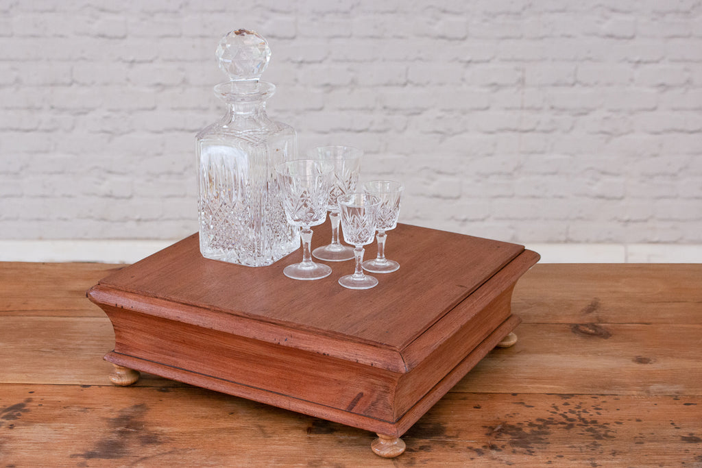 A Victorian table top tea display stand