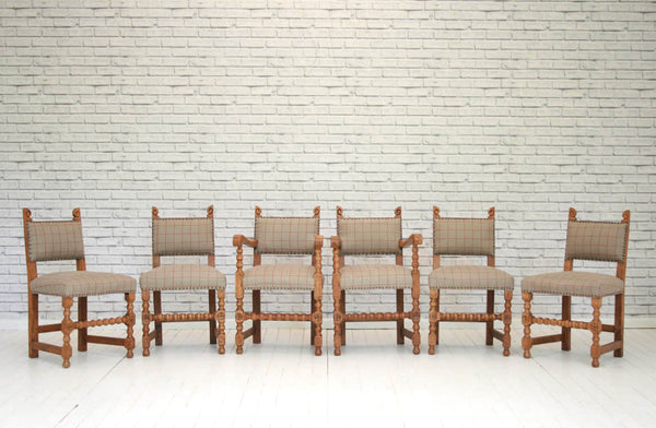 A set of 6 oak upholstered dining chairs