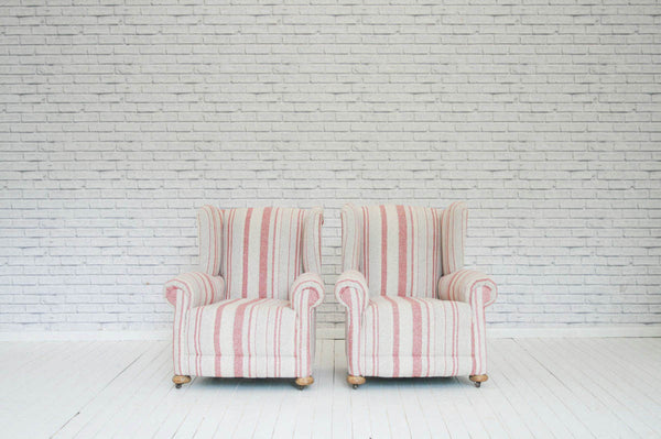 A pair of Victorian armchairs in 100% wool striped fabric
