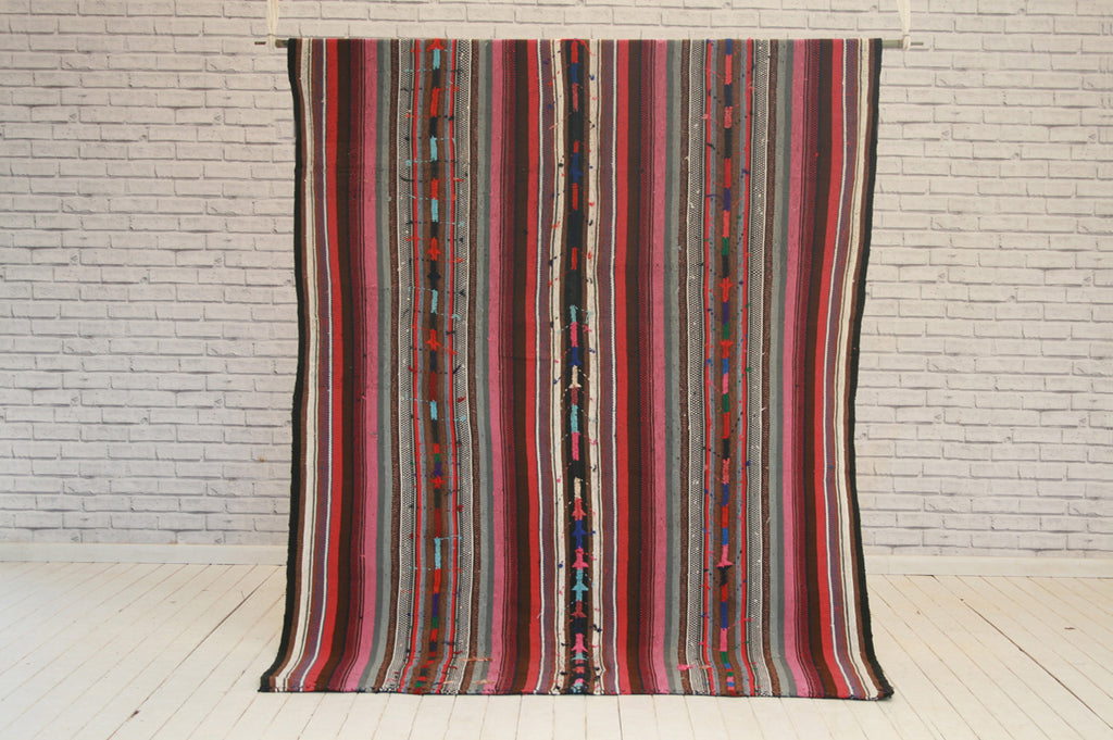 Vintage embroidered wool Manisa Turkish Kilim / Rug