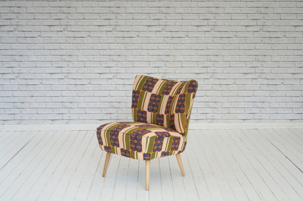 1940's fireside chair in Rwandan wax cloth/Bedroom chair