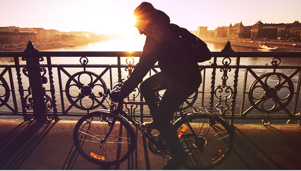 Essential Cycling Gadgets for Bike Commuters