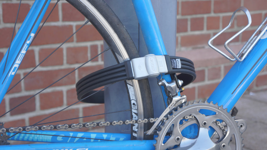 Litelok Silver bike lock on Giant bike