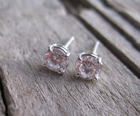 0.50 Carat Diamond Stud Earrings in 14K Gold