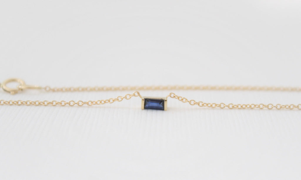 Baguette Cut Sapphire Bar Necklace in 14K Yellow Gold