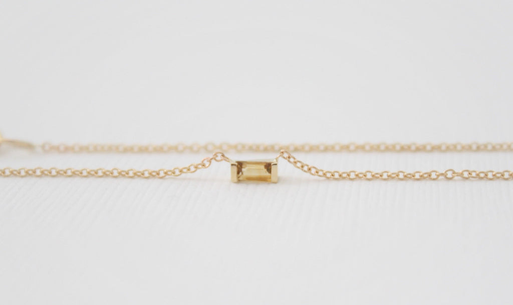 Baguette Cut Citrine Bar Necklace in 14K Yellow Gold