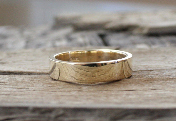 Handmade 5mm Men's Band in 14K Yellow Gold
