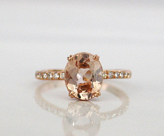 Oval Cut Morganite Solitaire Diamond Engagement Ring in 14K Rose Gold