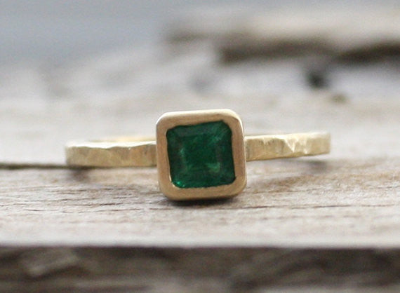 18K Emerald Bezel Stacking Ring - May Birthstone