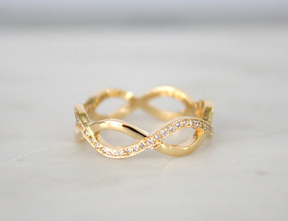 Twist Infinity Diamond Band in 14K Yellow Gold
