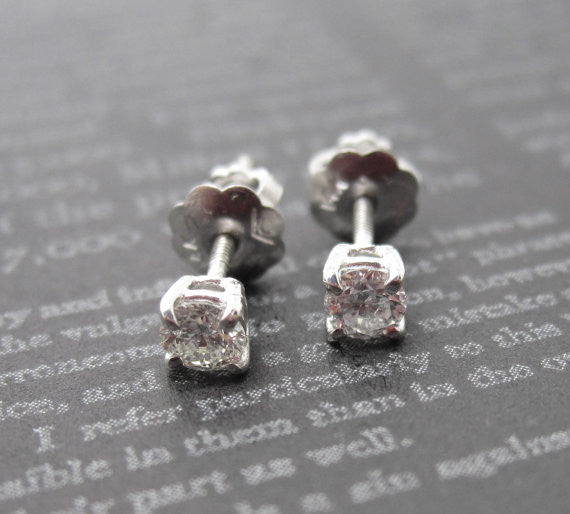 0.25 Carat Diamond 14KW Stud Earrings