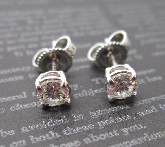Diamond Stud Earrings 0.62 Ct. in 14K Gold
