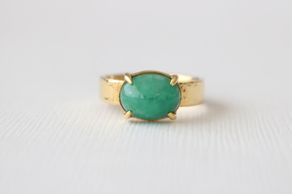 Handmade Emerald Oval Cabochon Ring in 14K Hammered Yellow Gold