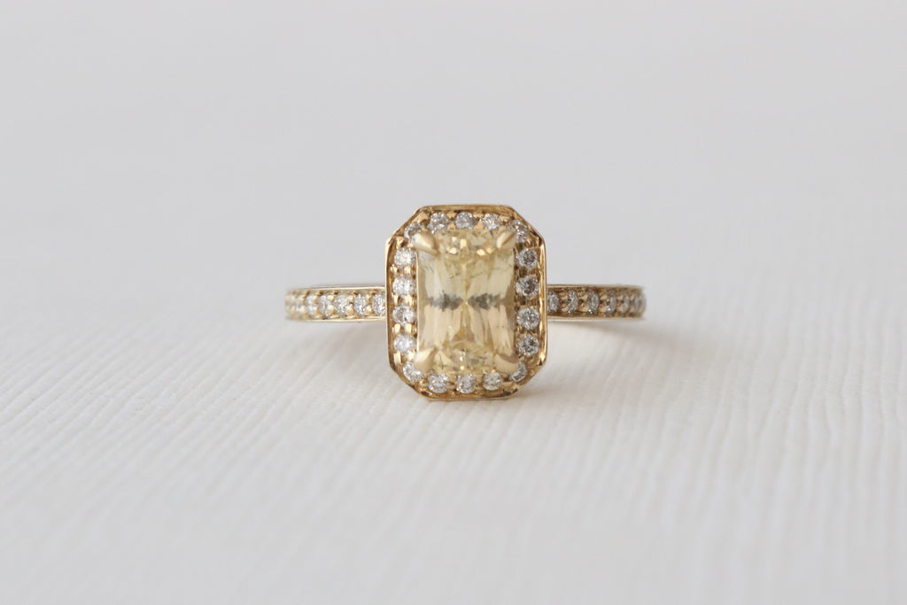 Radiant Cut Light Yellow Sapphire Diamond Halo Ring in 14K Yellow Gold