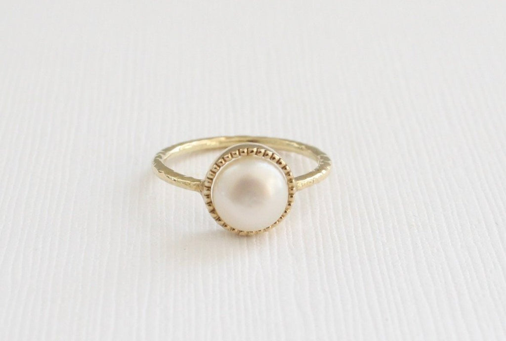 Pearl Milgrain Bezel Ring in 14K Yellow Gold