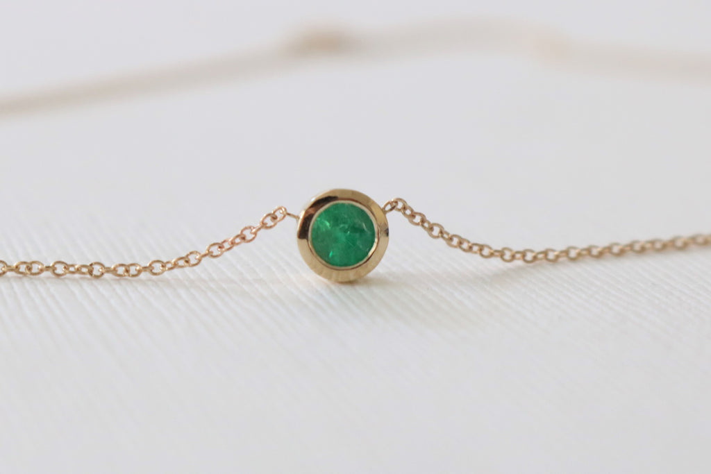 Solitaire Colombian Emerald Bezel Necklace in 14K Yellow Gold