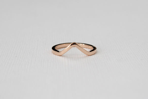 Solid Gold Chevron Midi Ring in 14K Rose Gold