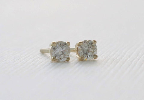 0.25 Carat Diamond 14K Yellow Gold Stud Earrings