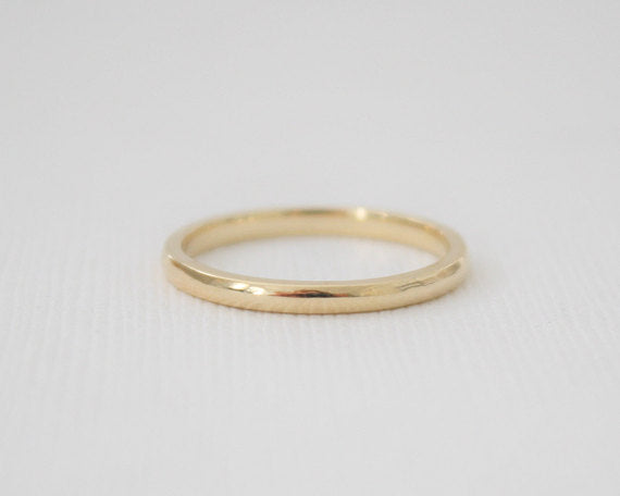 Handmade 14K Solid Gold Wedding Band in Yellow Gold