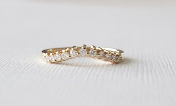 Curved Diamond Band in 14K Yellow Gold