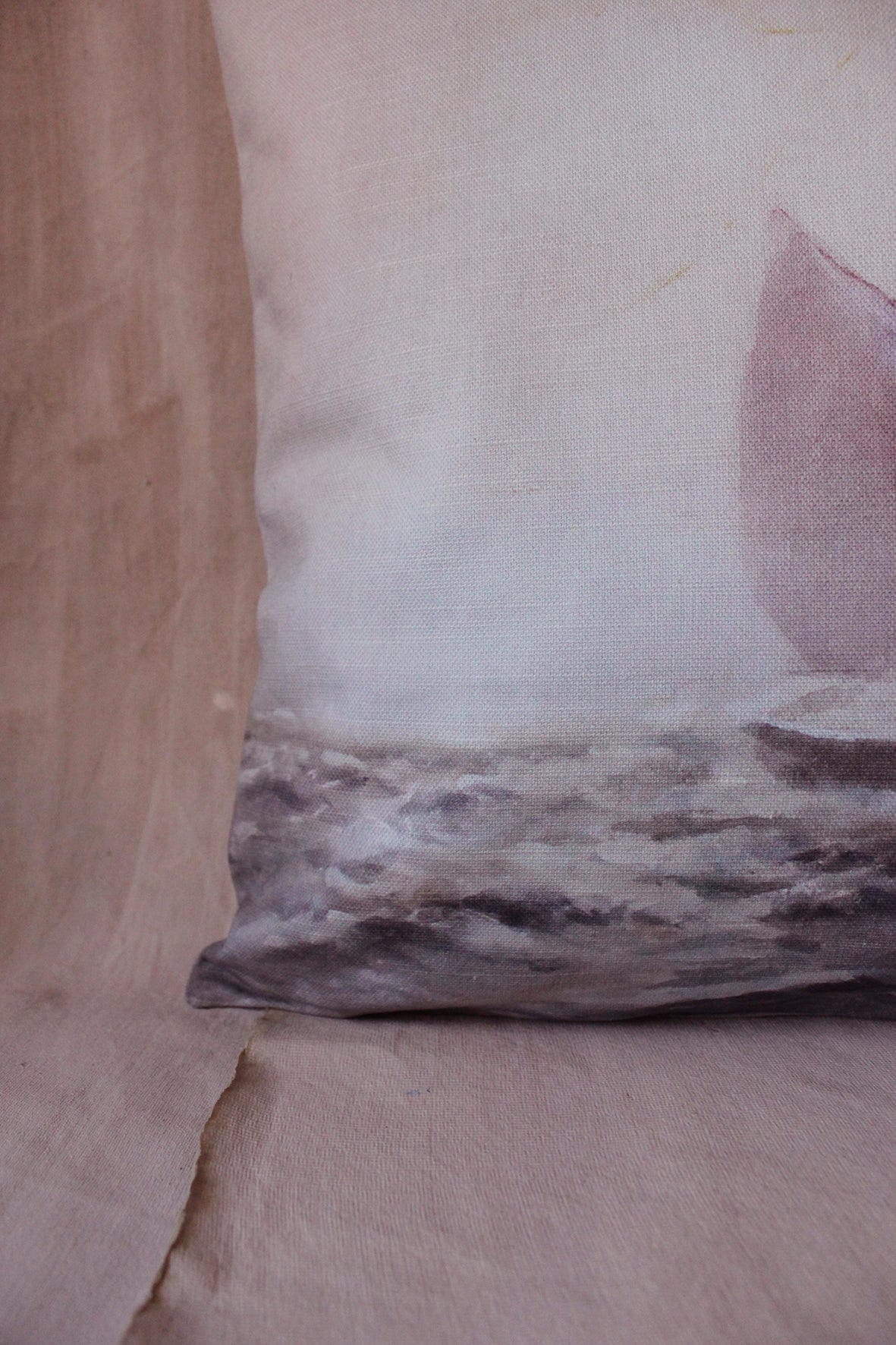 """Catching The Waves""  Linen Garden Cushion 16"" x 16"""
