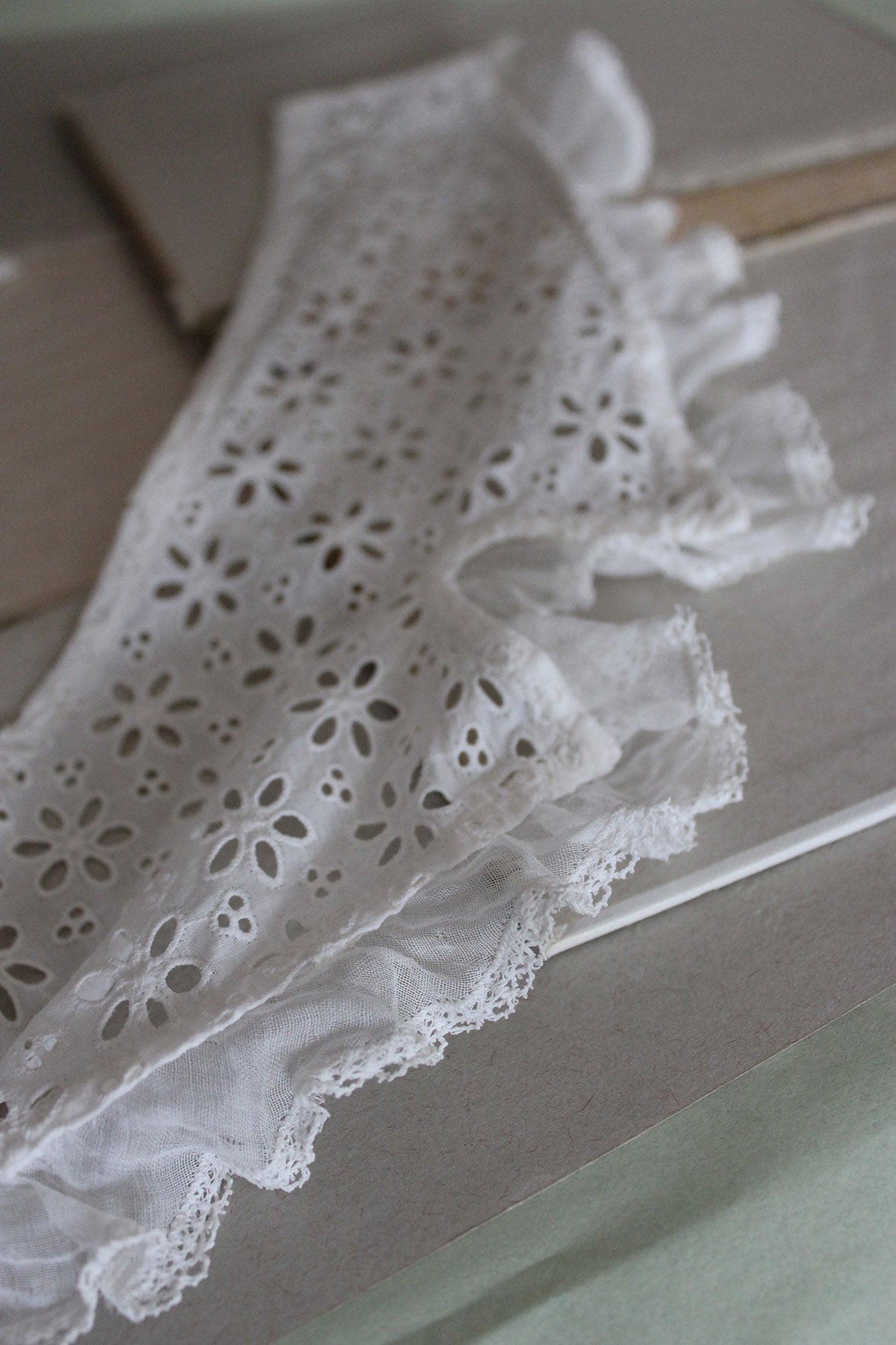 Antique broderie and fine cotton collar