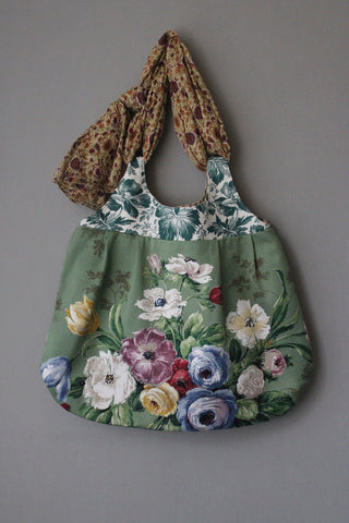 RUSKIN .  Meandering Bag . from the 'Curated Prints' collection