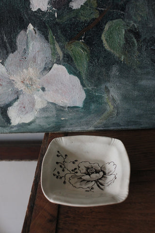 Small Antique Pin Tray - Linear Poppy