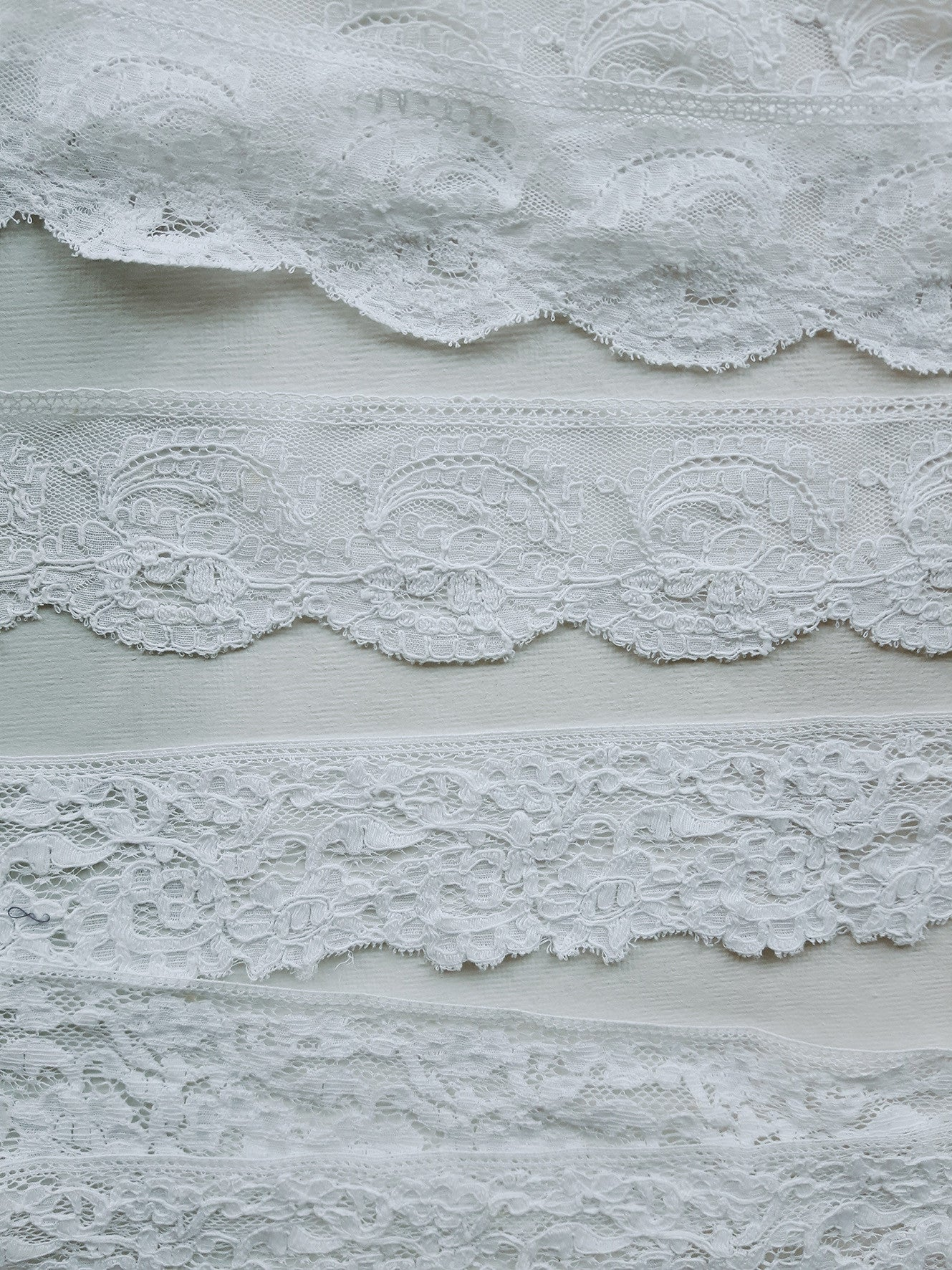 Antique Machine Lace Lengths (No.1644)