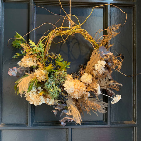 Contemporary Wreath | Highgate Flowers