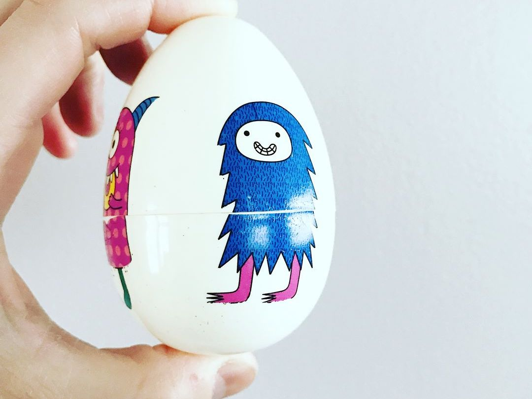 Monster match. Egg DIY: easy to make and fun toddler activity game