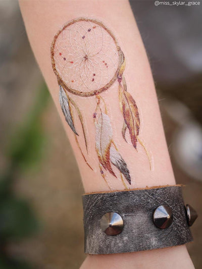 Watercolor dreamcatcher
