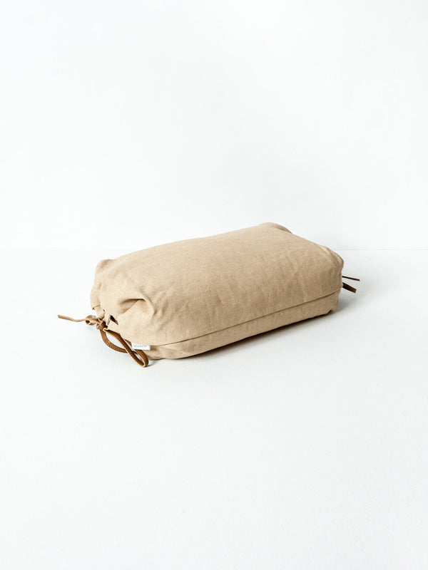 Sasawashi Buckwheat Lounging Pillow, Camel